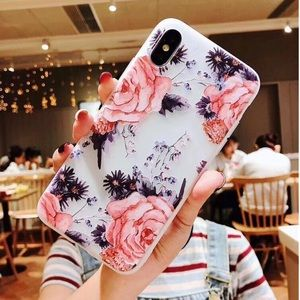 NEW iPhone X/XS/7+/8+/6+/6s+ Floral Soft TPU Case